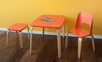 orange Sitzgruppe für Kinder